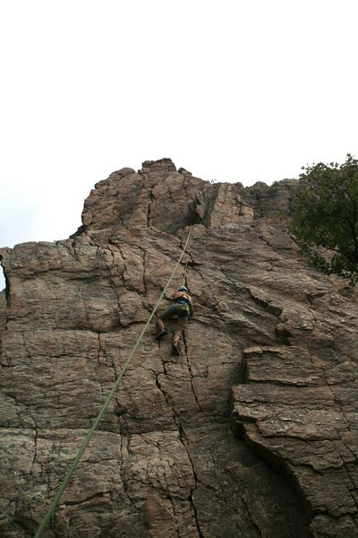 Rock Climbing Photo: Cruising up Tinker Toys.