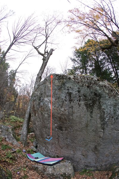 Rock Climbing Photo: This photo shows the starting hold (blue) and gene...