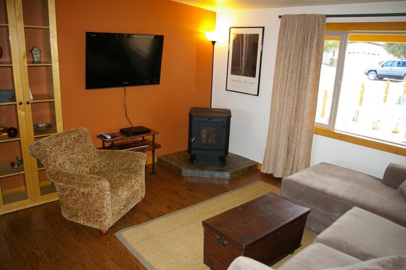 Palm - TV, Comfy Couch, Warm Pellet Stove