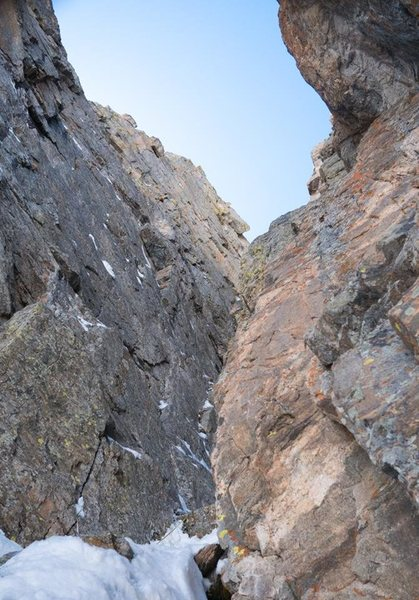 Looking up the fourth pitch. The ice is out of sight around the corner.<br> <br> Photo by Erik Rieger.