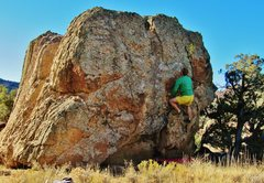Rock Climbing Photo: Working the early moves on Loggy Lass.