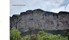 Rock Climbing Photo: Via Faca na caveira - Serra dos Brejões