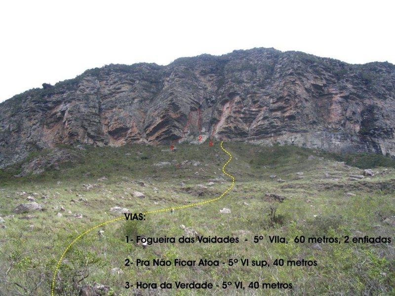 Setor São Pedro, parede localizada no caminho para mucugê via guiné.