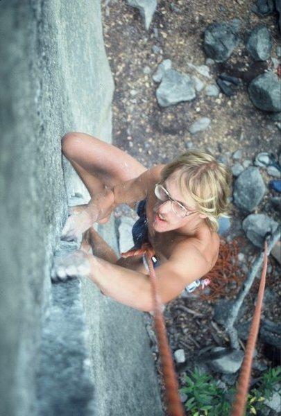 "Rock Climbing Photo: Steve Schneider TRs ""Short Circuit"" bare..."