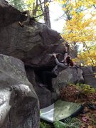 Rock Climbing Photo: Lori on The Bee's Knees