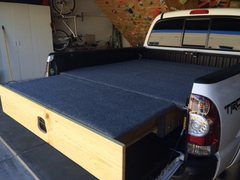 Rock Climbing Photo: Drawer with sleeping insert installed.