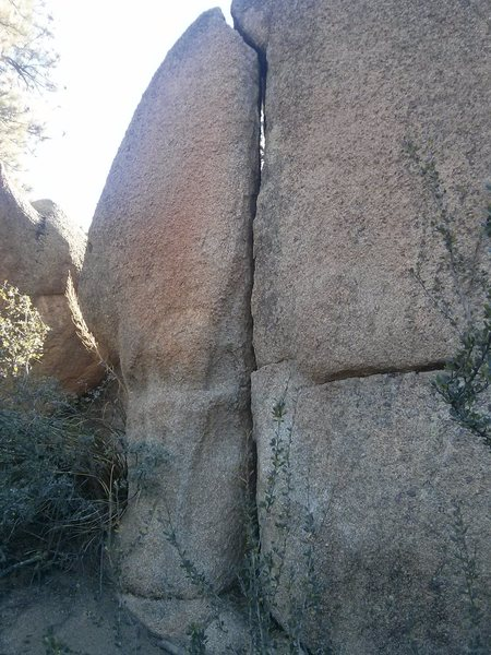 Straight up the crack. Aptly named route