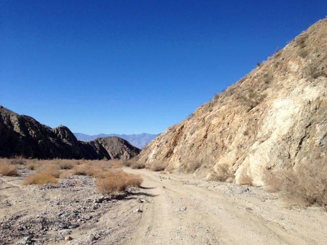 Rock Climbing Photo: Berdoo Canyon, Joshua Tree NP