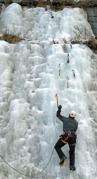 Rock Climbing Photo: 48