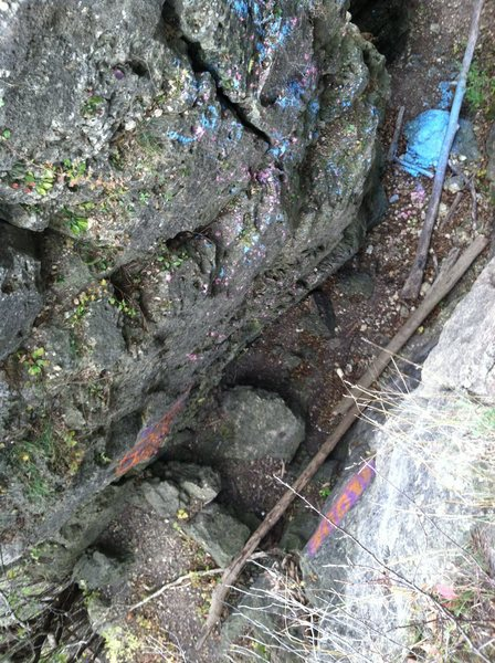 Rock Climbing Photo: Looking down into the Chasm between main rock and ...
