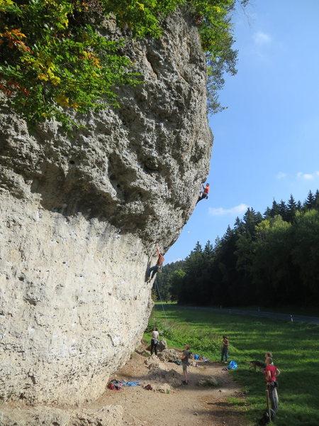 The right side of Weissenstein, with climbers on Damphammer (near) and Panische Zeiten (far).