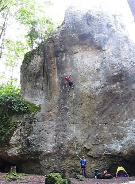 Rock Climbing Photo: The rose move on Ira...  The line stays right of t...