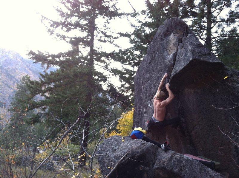 Rock Climbing Photo: Pat on a very rad problem at Mitchell Plateau.