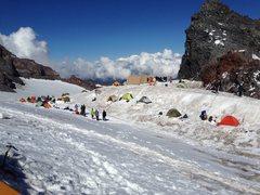 Rock Climbing Photo: Camp Muir '10,000