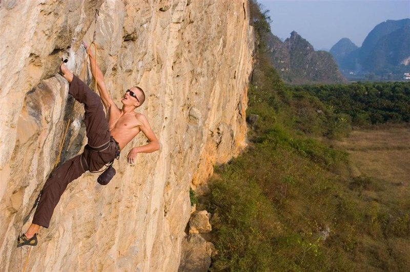 Eric Schnack milking a rest before the crux on China White.