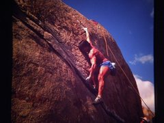 Rock Climbing Photo: Tony Yaniro pulling down at Mt. Rubidoux.