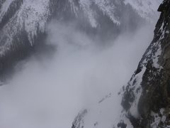Rock Climbing Photo: Avalanche snow cloud.  Slide went right over the i...
