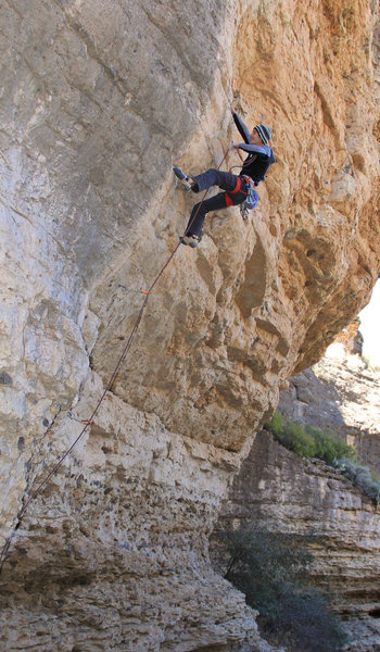 Ticking another 5.12 warm-up<br> Flying Cows (5.12b)