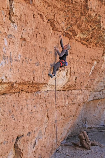 Ed starts up another hard one<br> John Wayne's Knee (5.12d)
