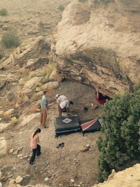 Rock Climbing Photo: Coming out the roof near the beginning of the prob...