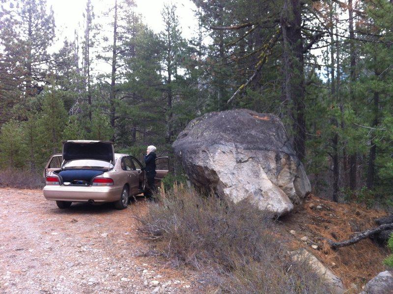 Parking for bouldering.