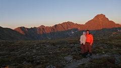 Rock Climbing Photo: Sunrise.  About to start the Halo Ridge route up M...