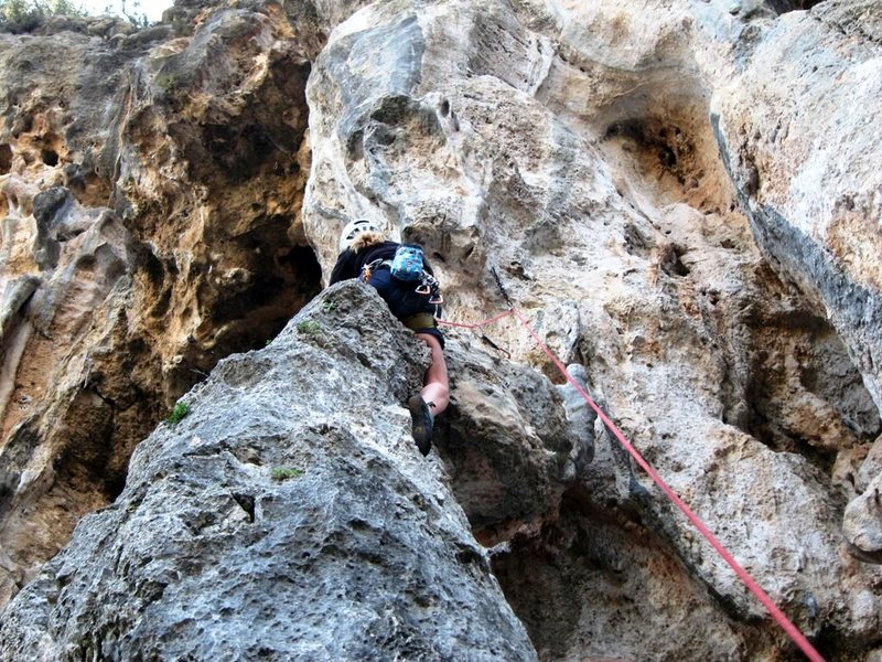 Rock Climbing Photo: Ridin' the column pony on Ranger Travel