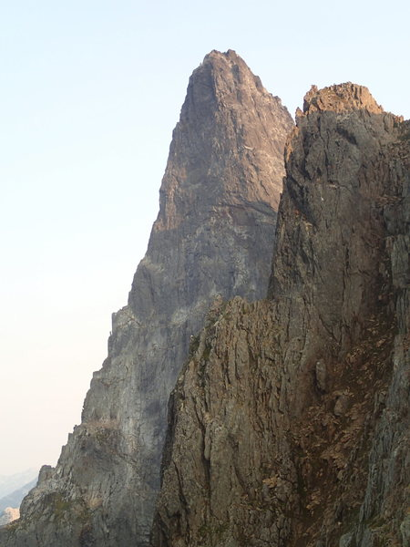 Rock Climbing Photo: North ridge of slesse looking south from the cross...