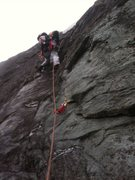 Rock Climbing Photo: Beginning of pitch 2 on lead.  Excellent pro behin...