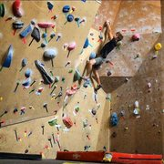 Rock Climbing Photo: V2 Boulder Problem - Getting better with every vis...
