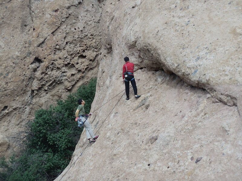"""Climbers turning """"Yellow Rose of Texas"""" into a two pitch climb?"""