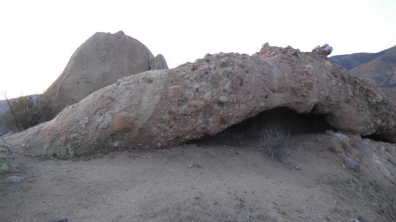 Tataviam/Chumash cave?