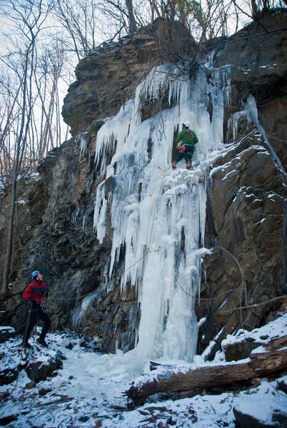 Rock Climbing Photo: John W leading a seap at Birdsboro, Jan 2012. dana...