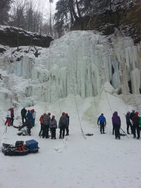The falls on a busy weekend. Being so close to the GTA, it's a popular spot for local guiding companies to take first timers.
