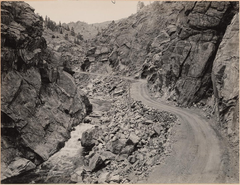 Rock Climbing Photo: The Narrows back when the road was first built. Ev...