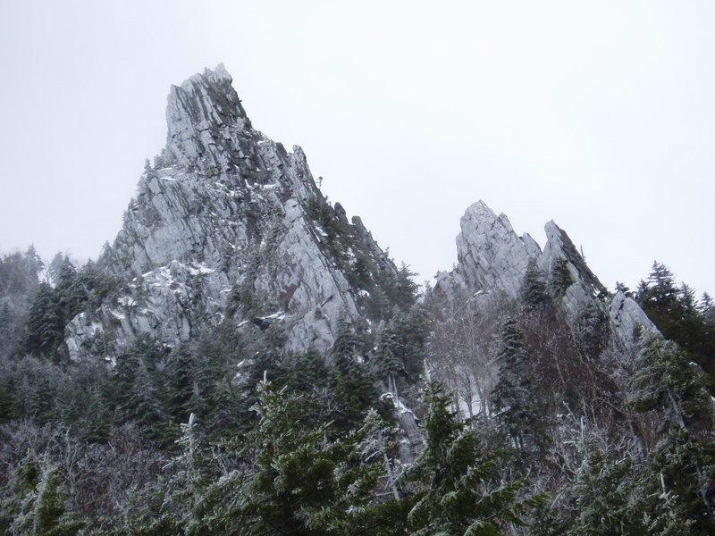 Rock Climbing Photo: Dixville Notch - formations resembling Boulder's F...
