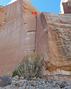 Rock Climbing Photo: The route with anchors marked.