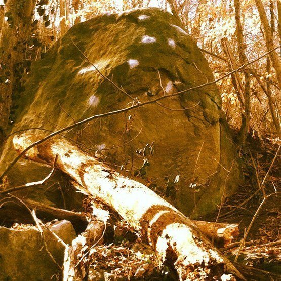 Good photo of the boulder chalked up.<br> <br> <em>Originally posted by: Phin</em>