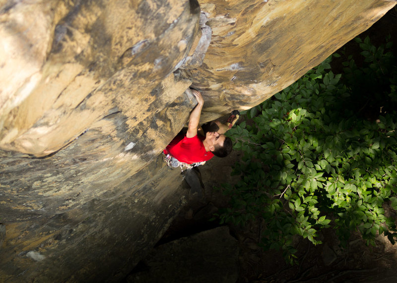 Warren Whipple leading Celibate Mallard (10c) at Endless Wall. Photo by Jeff Dunbar.
