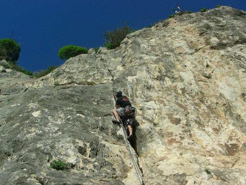 Rock Climbing Photo: Near the top of La Fessura (The Crack in Italian)