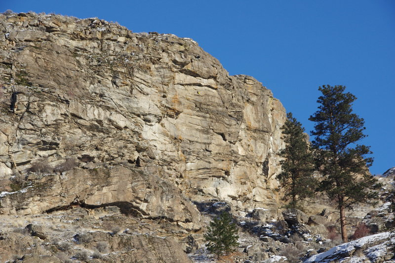 Rock Climbing Photo: First Wall from the SW