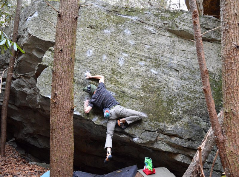 Rock Climbing Photo: Parlier with the FA of Ambi-turner (Sit)