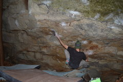 Rock Climbing Photo: Off the start to the tough first pinch
