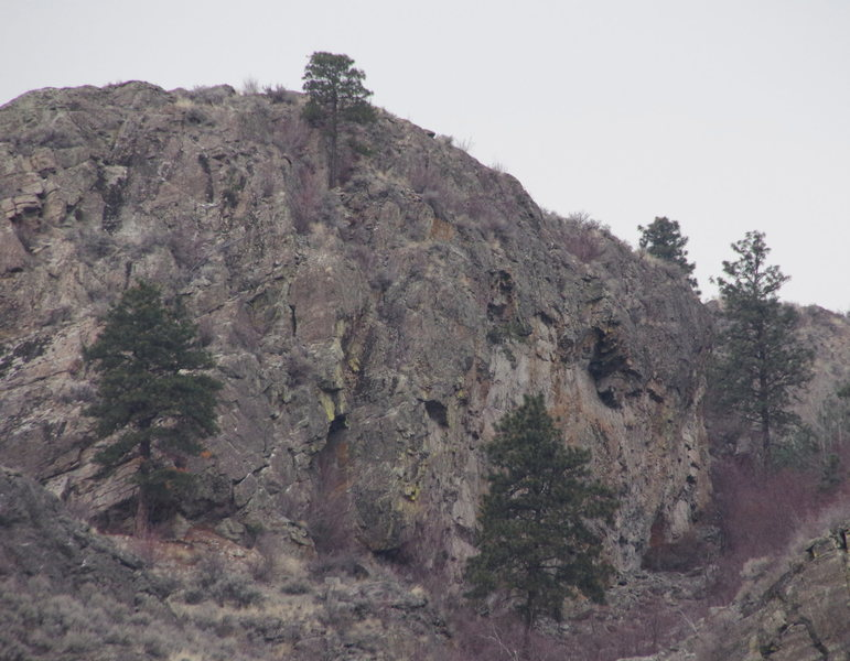 Huntsman Cliff from the far SE