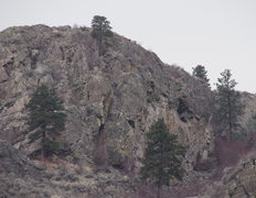 Rock Climbing Photo: Huntsman Cliff from the far SE