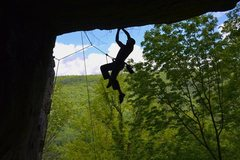 Rock Climbing Photo: me on hard as an oosik 12a at farley ledge