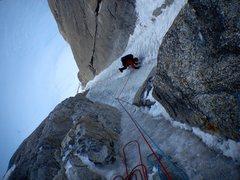 Rock Climbing Photo: Chris Sheridan cruising the Ice Dagger as Doug She...