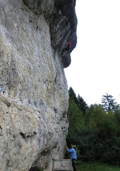 Rock Climbing Photo: Pumping through the headwall.