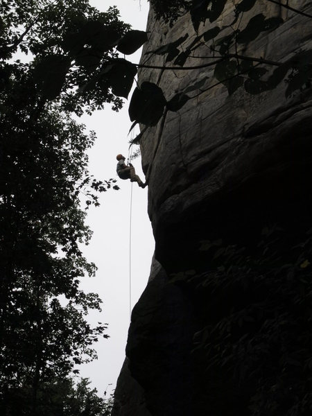 Releasable rappel practice during SPI course