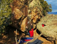 Rock Climbing Photo: Start beta to Southie State of Mind.  Photo by Jar...